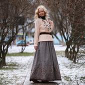 Юбка твидовая с вышивкой на осень и зиму
