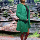 """Вязаное кардиган-пальто расклешенное """"Green Spring"""" с фактурным узором"""