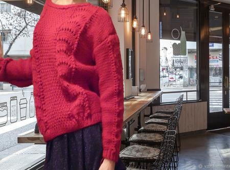 """Вязаный свитер оверсайз """"Пино Нуар"""" с веерным узором ручной работы на заказ"""