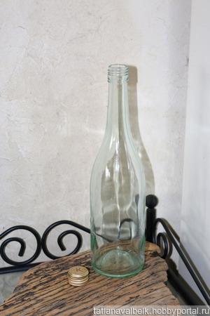 Бутылка стеклянная голубовато-зеленая с крышкой ручной работы на заказ