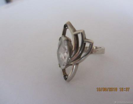 Кольцо с горным хрусталем и черным агатом ручной работы на заказ