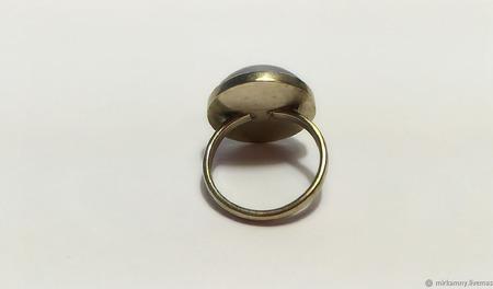 Кольцо с гематитом ручной работы на заказ
