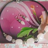 Комплект - колье чокер и серьги из розового кварца
