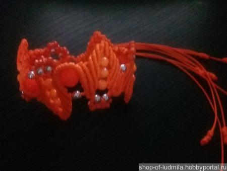 Браслет оранжевый в технике макраме ручной работы на заказ
