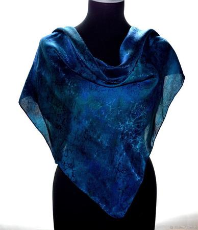 Большой шелковый платок темно-синий ручной работы на заказ