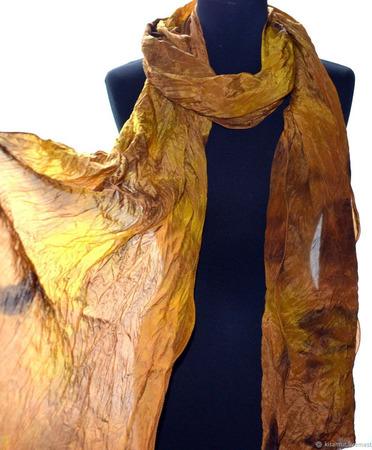 Женский шелковый шарф длинный коричневый ручной работы на заказ