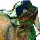 Большой шелковый шарф зеленый с оранжево коричневым