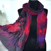 Шелковый шарф крепдешиновый красно-фиолетовый с черным
