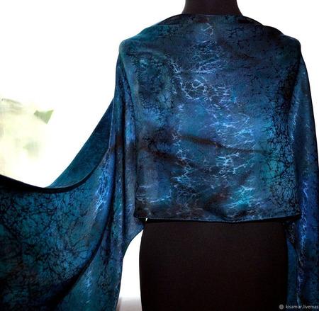 Женский шарф темно-синий ручной работы на заказ