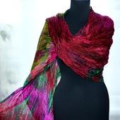 Шарф женский шелковый яркий