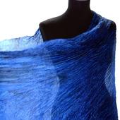Палантин синий шелковый жатый женский