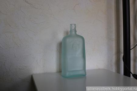 Бутылка матовое зелено-голубое стекло ручной работы на заказ