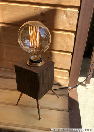 """Настольная лампа """"Куб на ножках"""" в стиле Лофт/Индастриал ручной работы на заказ"""