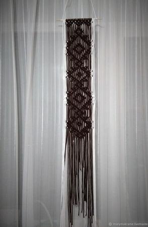 Панно макраме длинное на тонкой палочке ручной работы на заказ