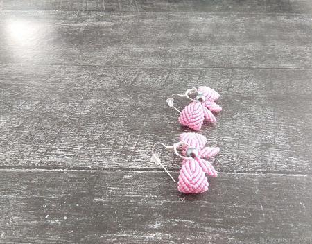 """Серьги классические """"Бантики"""" макраме розовые ручной работы на заказ"""