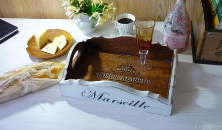 """Поднос из кедра """"Вино и сыр"""" ручной работы на заказ"""