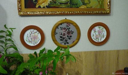"""Две настенные тарелки """"Город, где магнолии цветут"""" ручной работы на заказ"""