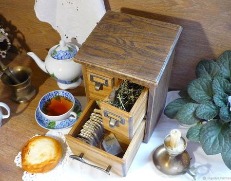 """Дубовый чайный комод, коллекция """"Старинушка"""" ручной работы на заказ"""