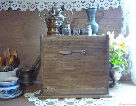 """Большая хлебница из дуба с полкой, коллекция """"Старинушка"""" ручной работы на заказ"""