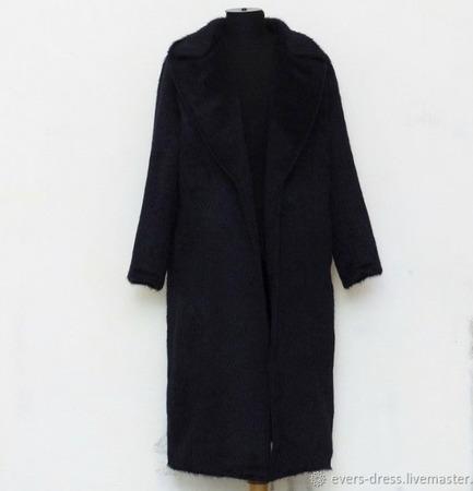 Зимнее пальто-халат из альпаки ручной работы на заказ
