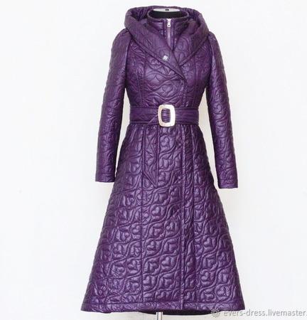 Пальто демисезонное стёганое Лесная фиалка ручной работы на заказ