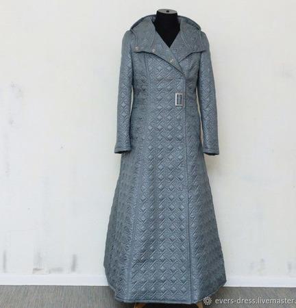Пальто демисезонное, с капюшоном Серое небо ручной работы на заказ
