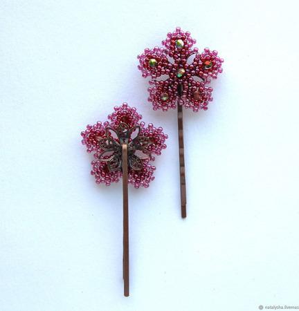 Заколка-невидимка для волос с цветком из бисера и бусин ручной работы на заказ