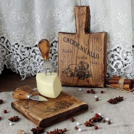 """Доска для  сервировки нарезки сыра """"Качокавалло"""" ручной работы на заказ"""