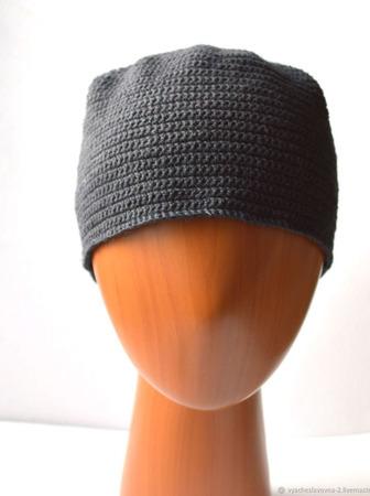 Вязаная шапка из льна, чёрная ручной работы на заказ