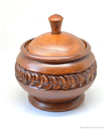 Банка-кубышка из дерева резная ручной работы на заказ