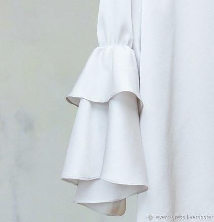 """Блузка белая с воланами """"Лилия"""", натуральный шёлк ручной работы на заказ"""