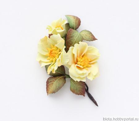 """Желтая брошь с цветами """"Ветка азалии"""" ручной работы на заказ"""