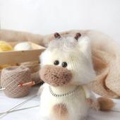 Вязаная игрушка Бычок Мишка (Мишель)