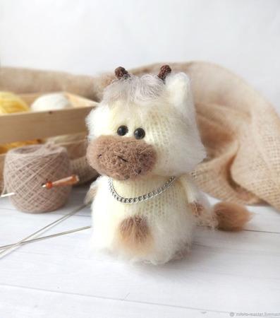 Вязаная игрушка Бычок Мишка (Мишель) ручной работы на заказ