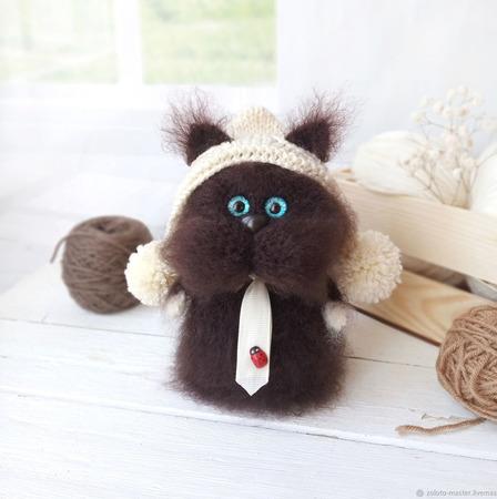 Интерьерная игрушка Котей Кофеич ручной работы на заказ