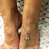 Слейв-браслет на ногу с пауком