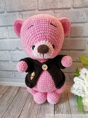 Игрушка вязаная - мишка плюшевый розовый в кофточке ручной работы на заказ