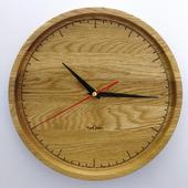 Часы настенные из дуба. ЧД1