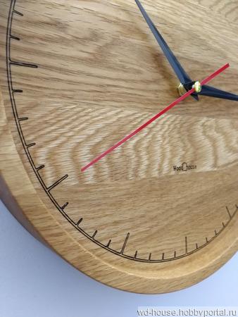 Часы настенные из дуба. ЧД1 ручной работы на заказ