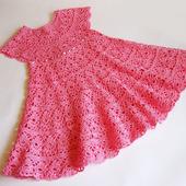 Платье вязаное крючком детское