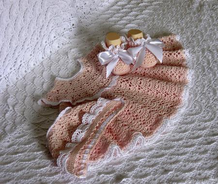 Вязаный комплект для девочки на выписку или крещение ручной работы на заказ