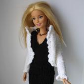 Деловой вязаный костюм для куклы