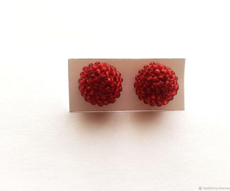 Серьги-гвоздики из бисера ручной работы на заказ