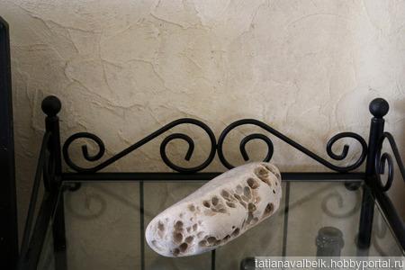 Морской камень овальный с кавернами для фотосессий ручной работы на заказ
