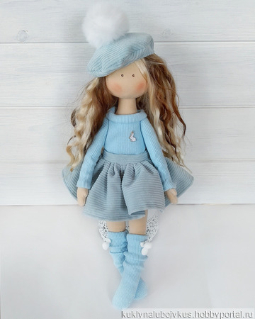 Малышка в голубом ручной работы на заказ