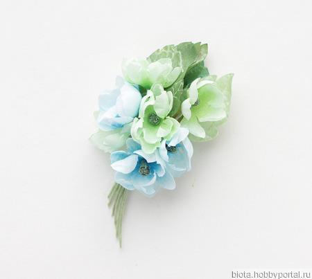 Брошь нежный букетик цветов из хлопка, голубая салатовая ручной работы на заказ