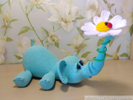 Слоник с ромашкой ручной работы на заказ