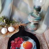 """Кухонная досточка """"Яичница с овощами"""""""