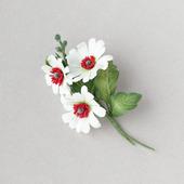 Брошь букетик белых цветов из фоамирана