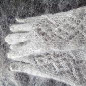 Перчатки ажурные козий пух серый